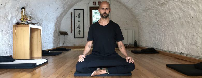 practicing zen in a zen retreat