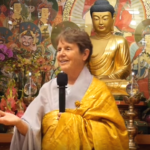 How to live here and now before thinking – Zen Master Soeng Hyang (podcast interview)