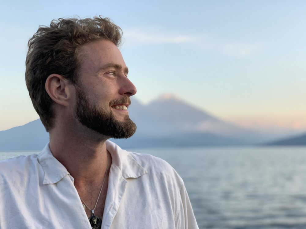Interview with Ian-Michael Hébert about holistic healing and psychedelics
